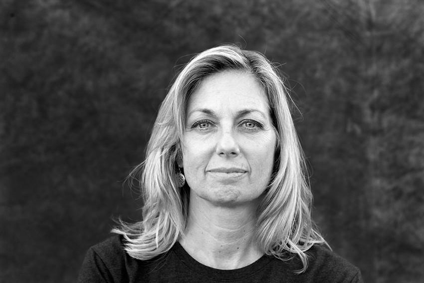 Portrait of Lori Huntley.