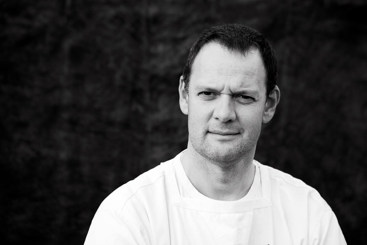 Portrait of Morten Schakenda.